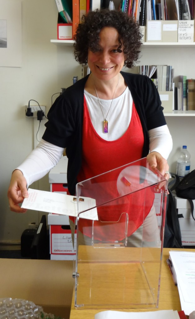 Polly Gifford tests the new #Letter365 box